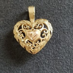 Vintage 14K Filigree Puffy Heart Pendant